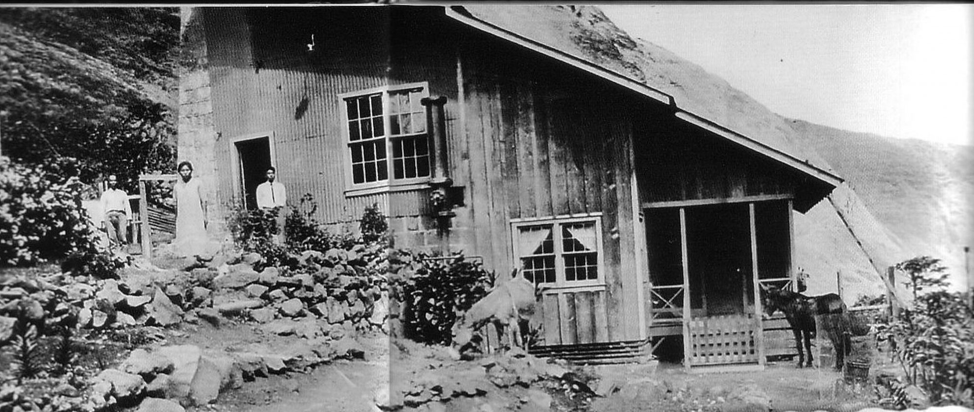 B_Nakafuji-Itakura_Coll_ MaunaleiPumphouse_ca_1925